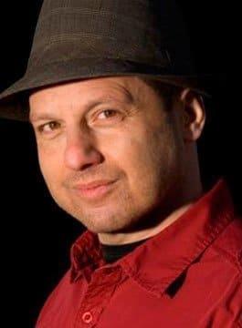 Bennett Arron - Welsh Jewish Stand Up Comedian