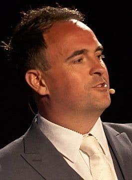 Geoff Ramm - Customer Service Speaker