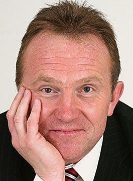 Simon Hazeldine - Negotiation and Sales Speaker